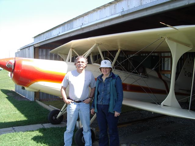 Calgary Recreational & Ultralight Flying Club - CRUFC - Aircraft with Bernie and Ida kespe